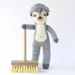 Petite peluche en tricot – Edgar le hérisson